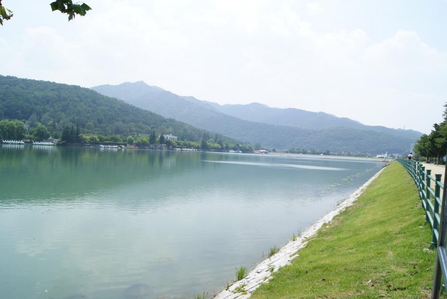 Suseongmot Lake Resort
