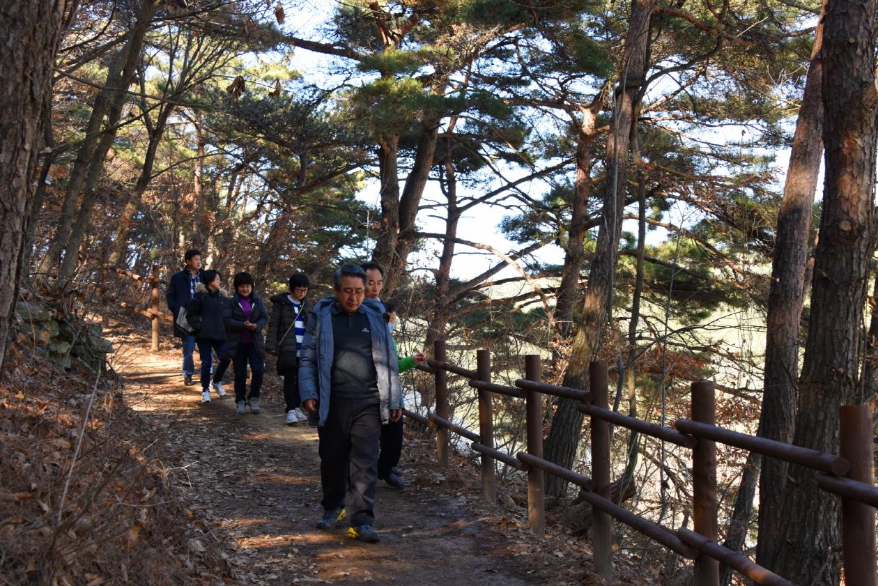 옥연지 송해공원