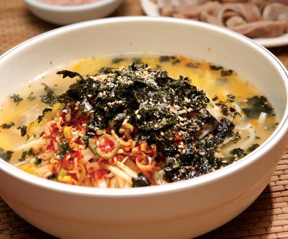 동곡원조할매손칼국수식당 2