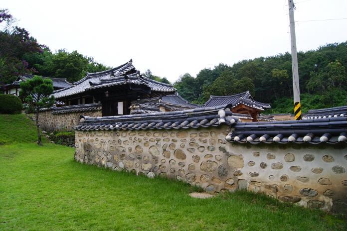 Yuksin Ancestral Temple