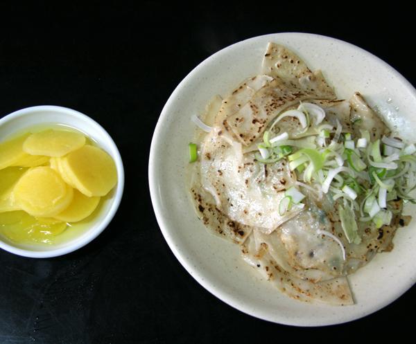 ミソンダン ナプチャッマンドゥ( 平たい餃子)