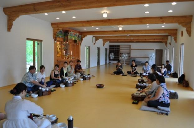 Donghwasa Tea ceremony