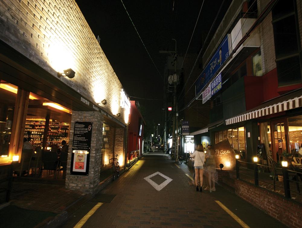 咖啡廳小巷